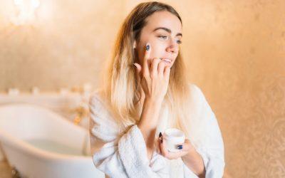 5 erros comuns na hora de cuidar do rosto